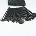 VANDER професионални четки за грим в кожен калъф - черни - 24 броя