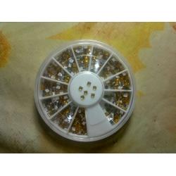 Кристални камъчета за декорация  златисти квадрат