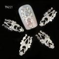 3D декорация за нокът сребърна корона TN221