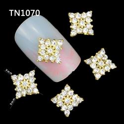 3D златен квадрат с камъчета TN1070